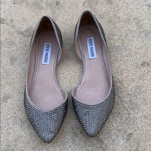 Steve Madden Elizza Stud Pointed Toe Flats 6.5